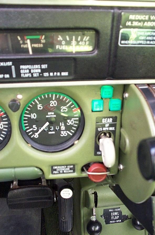 Multi Engine Fight Training Seneca Special Features